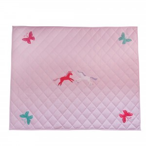 Unicorn & Butterfly Pink Floor Quilt (groß) - Kiddiewinkles
